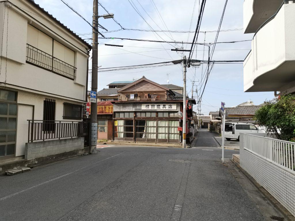 ヒロ整体院への道案内(横田建具店)