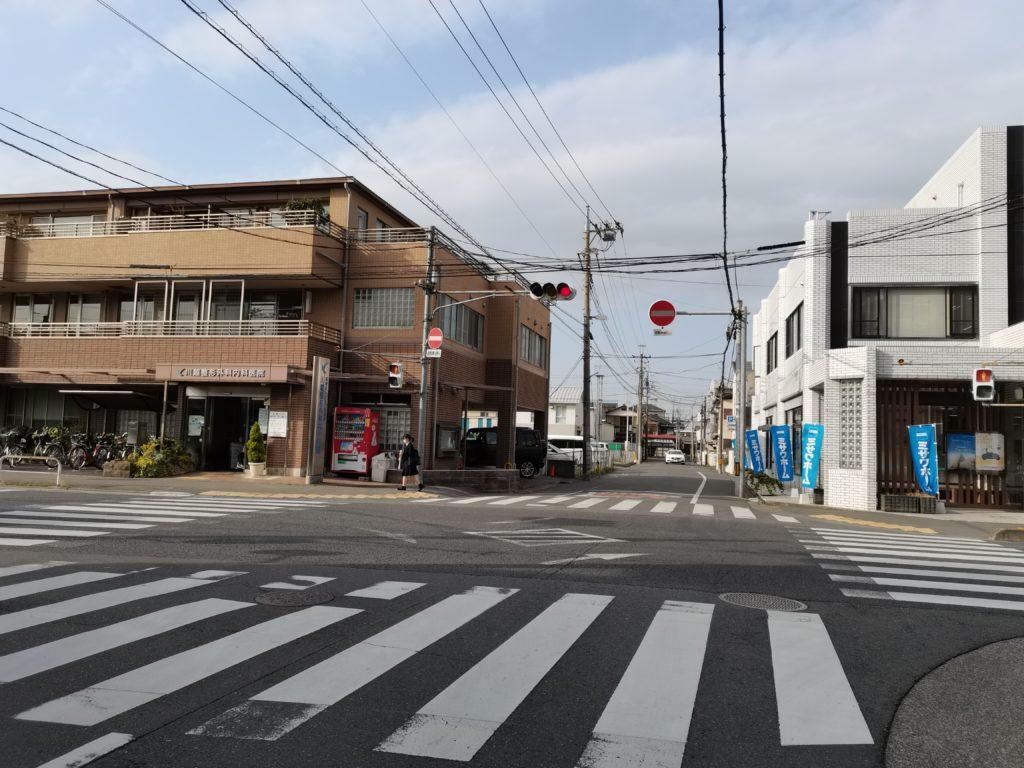 ヒロ整体院への道案内(2番目の交差点)